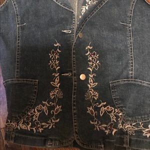 North Style Large Denim Vest with Embroidery